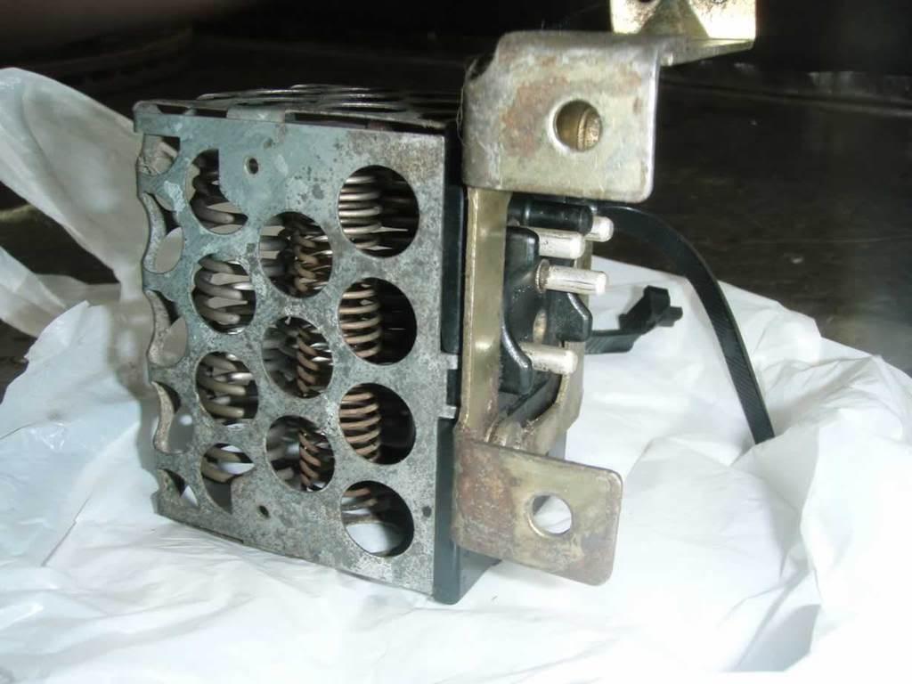 Ventilador do Ar Condicionado W126 - só funciona no máximo P2062042