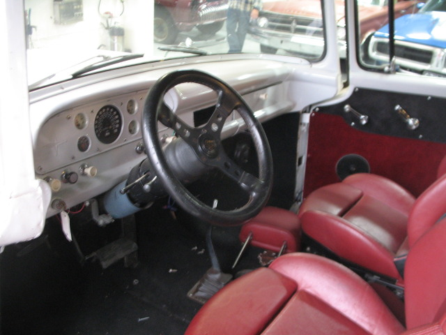 1959 F100 whit Chevy 350 From Finland F1002