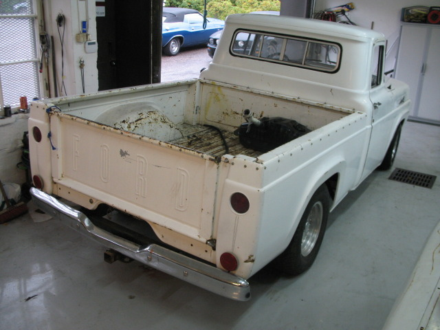 1959 F100 whit Chevy 350 From Finland F1003