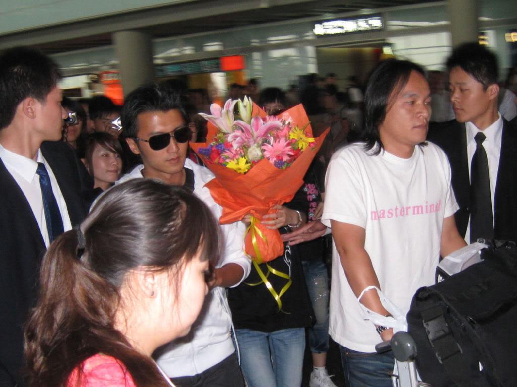 [19/7] Nic tại sân bay Bắc Kinh 465bbd22865f85e44623e8c0