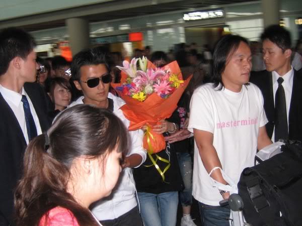 [19/7] Nic tại sân bay Bắc Kinh Dbb39f26084af32035a80f68