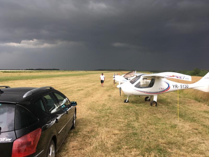 Drobeta Fly In 2016 - 9th Edition - International Aero Fest ; Cupa Dunarii 2016 Iphone%202016%20961