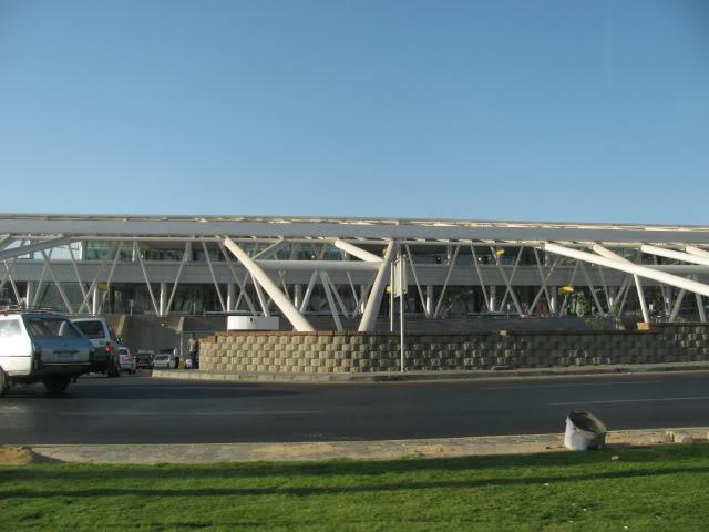 صور حديثة جدا , مبنى ( 3 ) , مطار القاهرة الدولي IMG_2302
