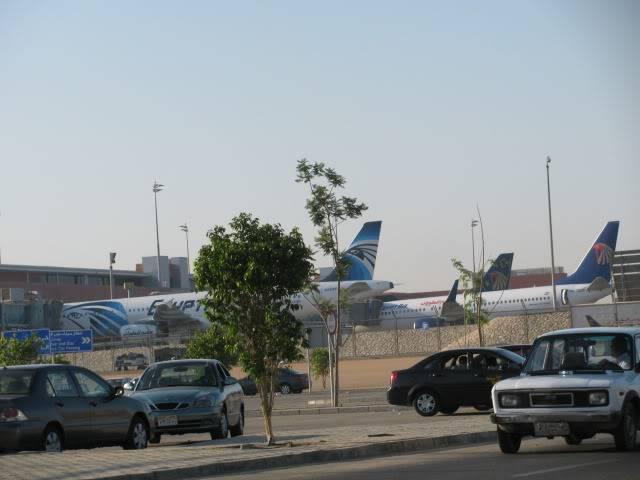صور حديثة جدا , مبنى ( 3 ) , مطار القاهرة الدولي IMG_2304