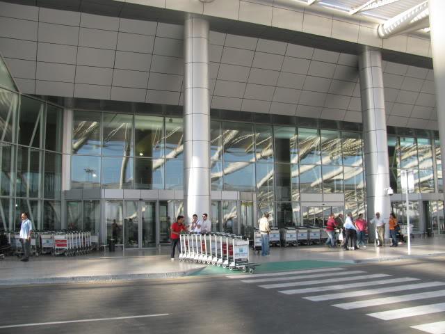 صور حديثة جدا , مبنى ( 3 ) , مطار القاهرة الدولي IMG_2313