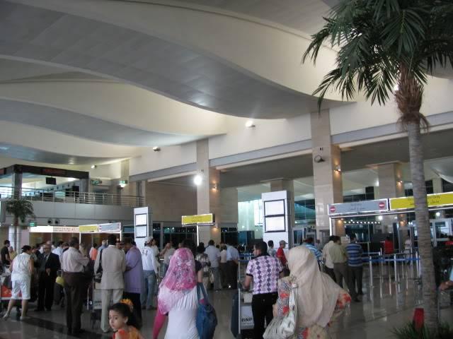 صور حديثة جدا , مبنى ( 3 ) , مطار القاهرة الدولي IMG_2318