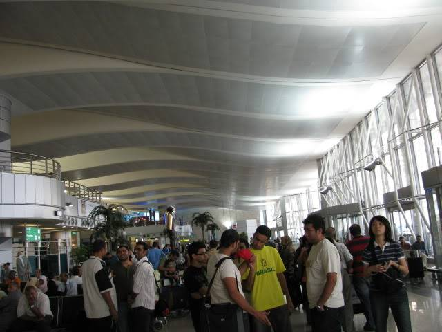 صور حديثة جدا , مبنى ( 3 ) , مطار القاهرة الدولي IMG_2319