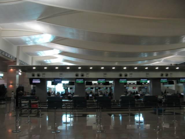 صور حديثة جدا , مبنى ( 3 ) , مطار القاهرة الدولي IMG_2324