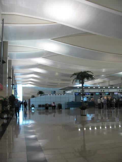 صور حديثة جدا , مبنى ( 3 ) , مطار القاهرة الدولي IMG_2332