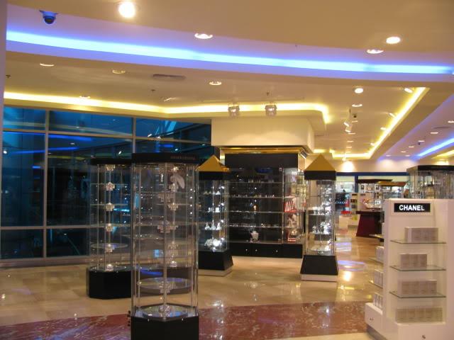 صور حديثة جدا , مبنى ( 3 ) , مطار القاهرة الدولي IMG_2339