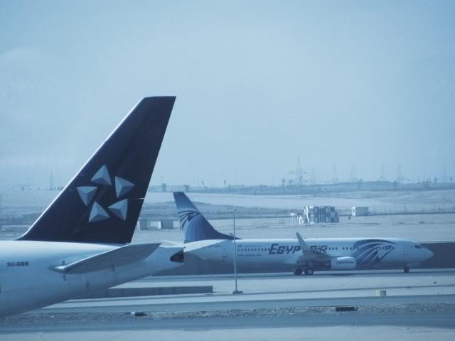 صور حديثة جدا , مبنى ( 3 ) , مطار القاهرة الدولي IMG_2372