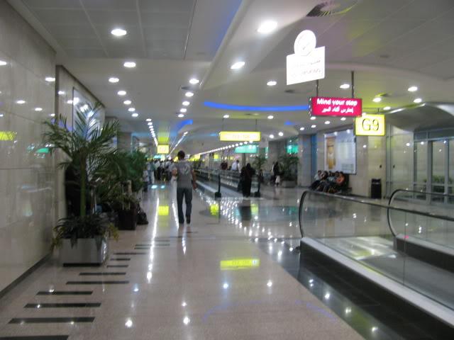 صور حديثة جدا , مبنى ( 3 ) , مطار القاهرة الدولي IMG_2396