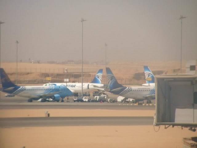 صور حديثة جدا , مبنى ( 3 ) , مطار القاهرة الدولي IMG_2398