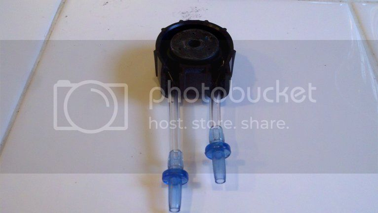 Replacing pump hoses on the Bubble Magus doser Photobucket-1190-1334112955048