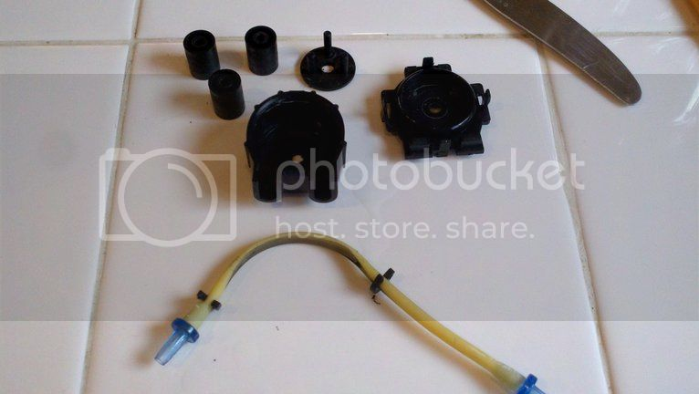 Replacing pump hoses on the Bubble Magus doser Photobucket-30679-1334112644070