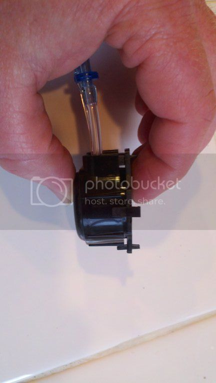 Replacing pump hoses on the Bubble Magus doser Photobucket-7994-1334113005847