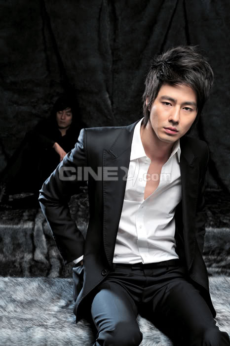 Jo In Sung Cine21-1