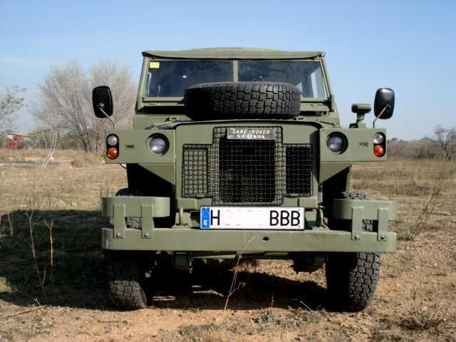 Proyecto Land Rover 88 Militar RC en Chapa 88M001