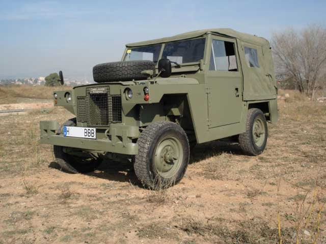 Proyecto Land Rover 88 Militar RC en Chapa 88M002