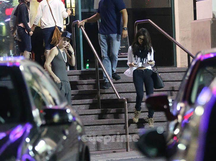 Justin Bieber and Selena Gomez - Page 40 Gomezbiebs_eyeprime_40