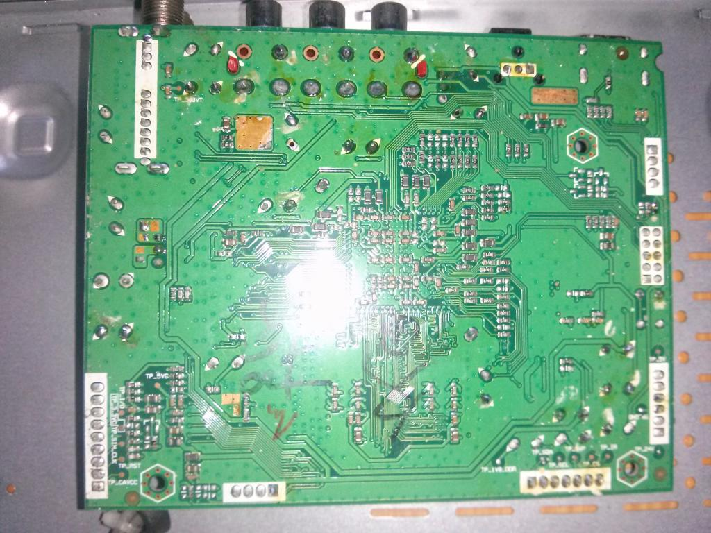 [Giúp đỡ]Đầu thu VTC HD05 bị lỗi ! 20140830_180345_zps57cc2f83