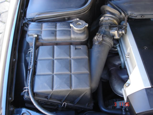 Vendo C 280, Sport, Preta, 121.000 km - R$ 25.000,00 - VENDIDA DSC04414