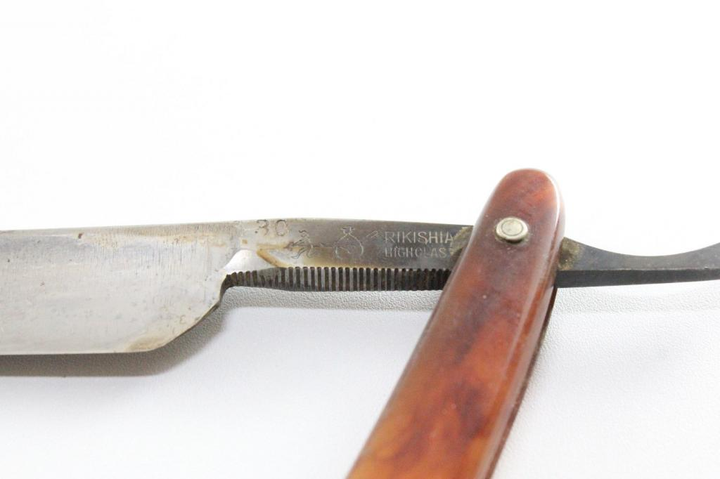 Cherche main d'oeuvre forumesque pour CC a rendre Shave ready (photos !!!!) Jap2_zps498a7c15