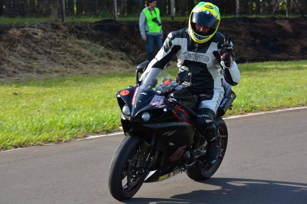 Vdeos do Parada! Track Day - Interlagos - 15/06/16 - Página 2 DSC_3936