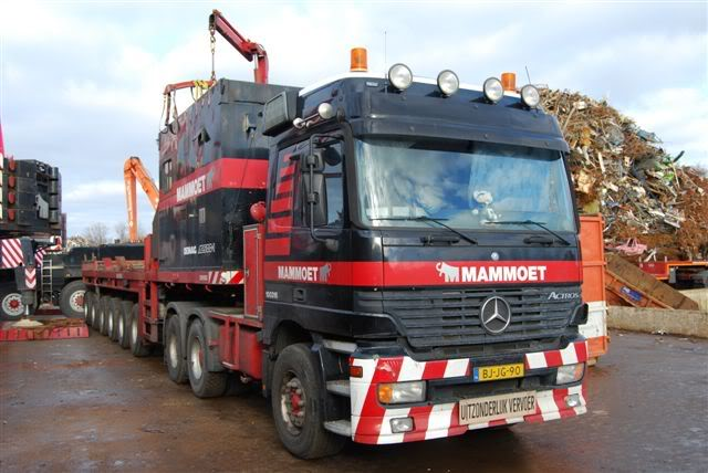 100 316 Mercedes-Benz Actros 3353 DSC_00092-1