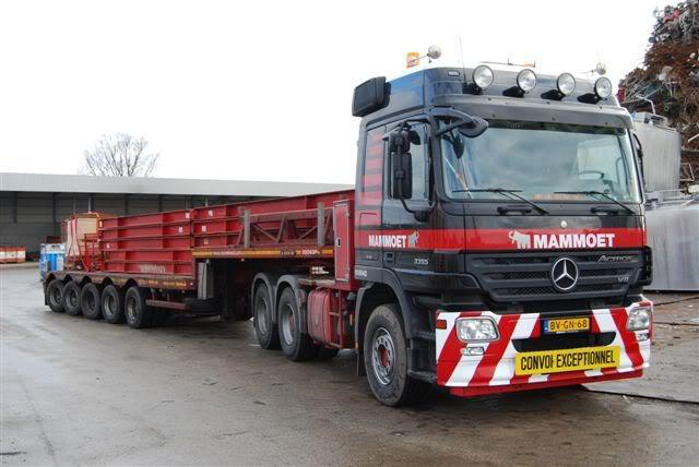100 642 Mercedes-Benz 3355 6x4 DSC_0066