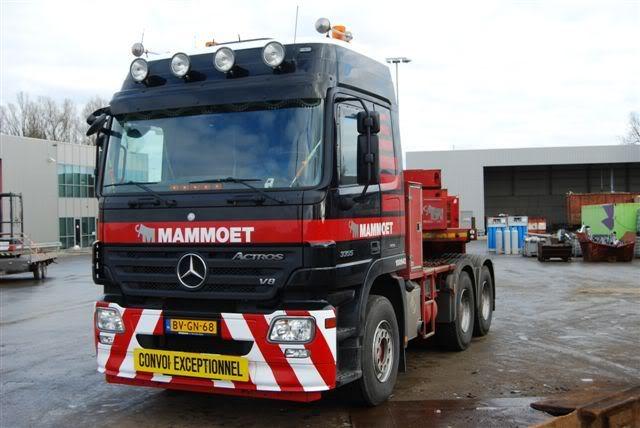 100 642 Mercedes-Benz 3355 6x4 DSC_0073