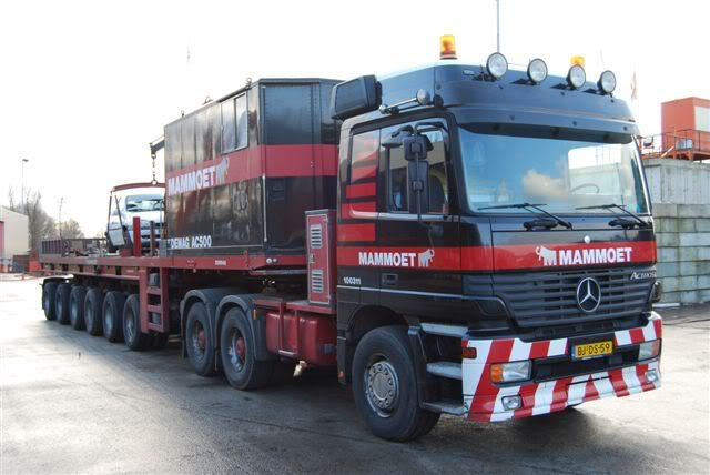 100 311 Mercedes-Benz Actros 3353 DSC_0106