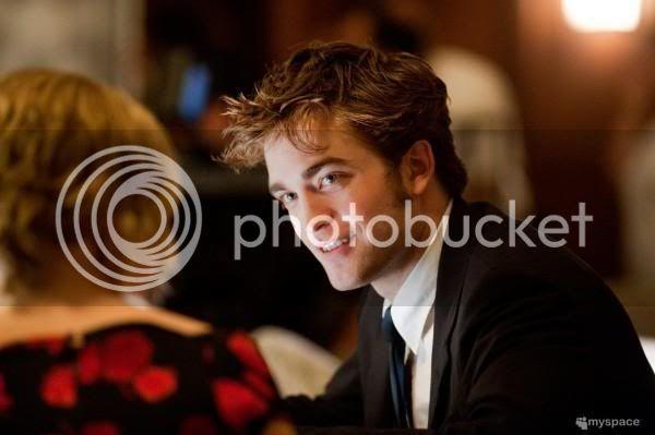 Robert Pattinson - Page 4 L_8ea073bdeec7433eaa2c6c7a98cb8327