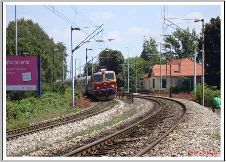 Vlakovi u daljini - Page 2 DSC01762