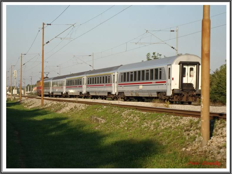 Vlakovi u daljini - Page 2 DSC02411