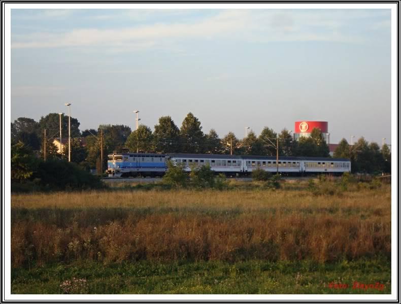 Vlakovi u daljini - Page 3 DSC02434