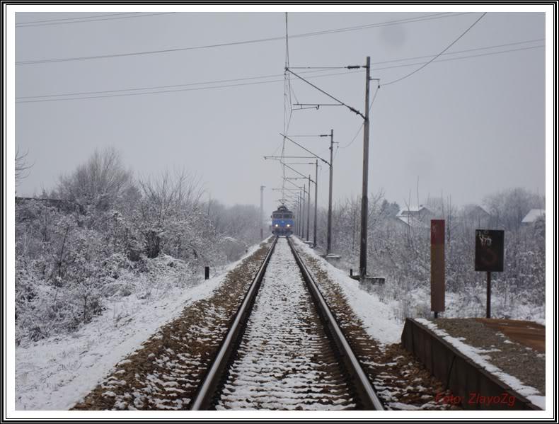 Vlakovi u daljini - Page 3 DSC03807