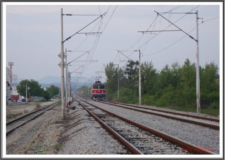 Vlakovi u daljini - Page 3 DSC05066