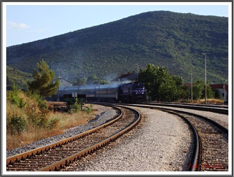 Vlakovi u daljini - Page 4 DSC06863