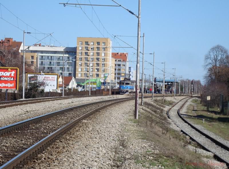Vlakovi u daljini DSC08151