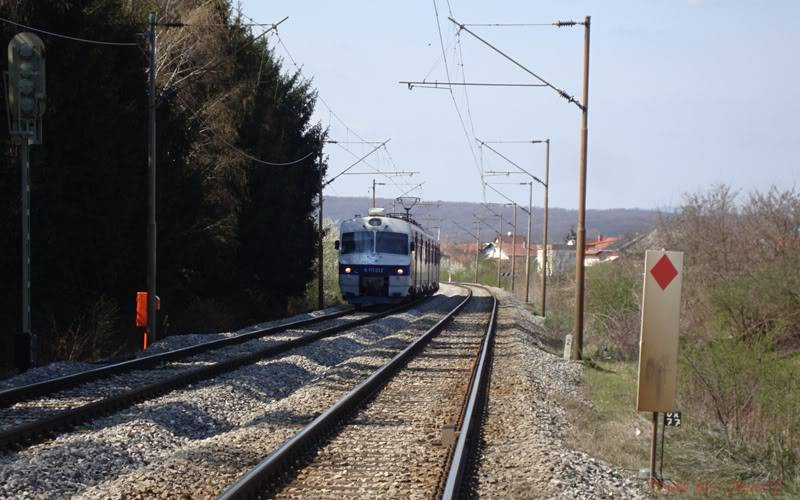 Vlakovi u daljini - Page 2 DSC08928