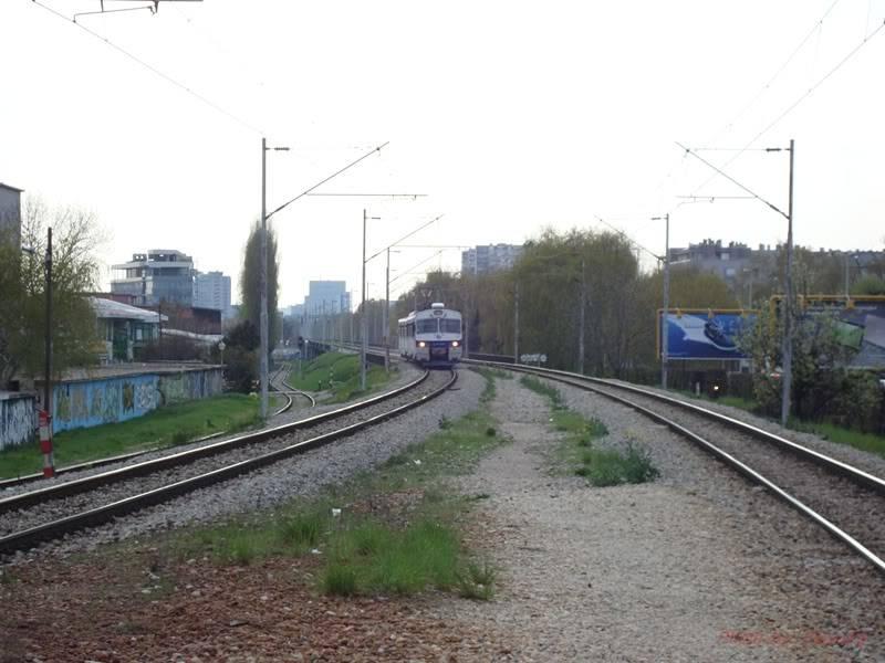 Vlakovi u daljini - Page 2 DSC09228