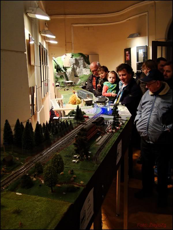 XII. Susret željezničkih modelara (Subota, 26.11.2011.) DSC09388
