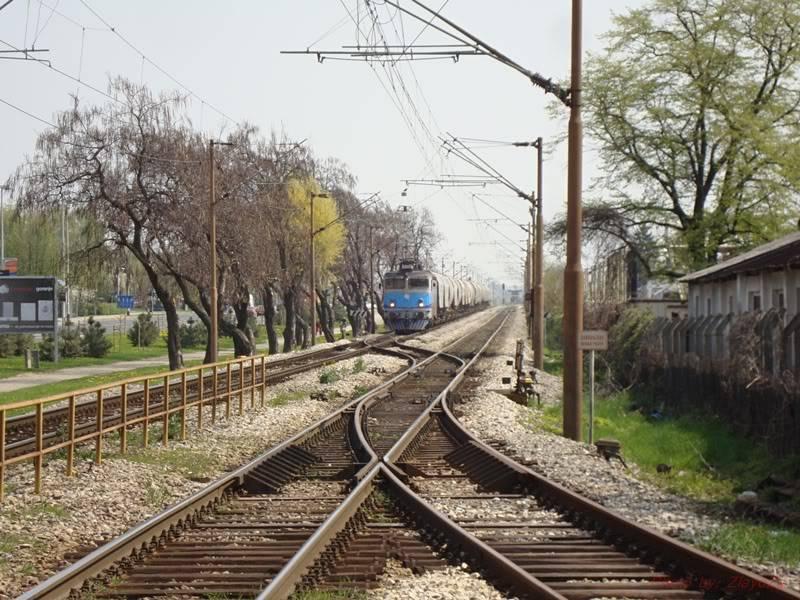 Vlakovi u daljini - Page 2 DSC09695