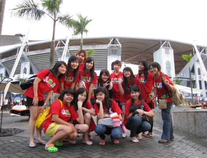 Pengalaman Nonton bareng Konser S.H.E di Malaysia~6March 2010 Malay3