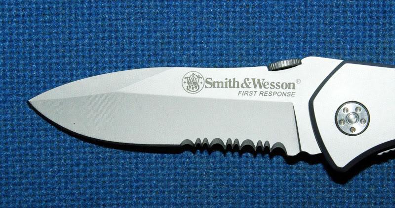 Mon petit Smith & Wesson... SWfirstresponse4