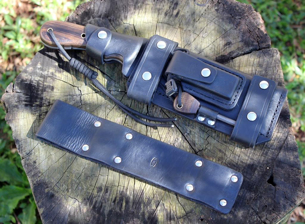 Faca bushcraft e tomahawk 126