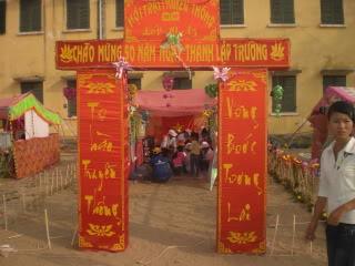 [Image]Tổng hợp cổng trại các lớp 10a5