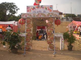 [Image]Tổng hợp cổng trại các lớp 11a1