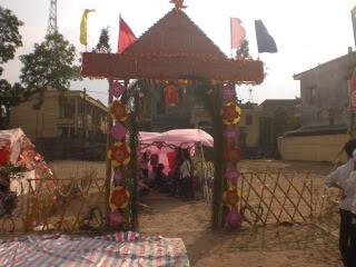 [Image]Tổng hợp cổng trại các lớp 11a10